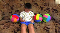 趣味游戏,小男孩披上隐形斗篷给弟弟恶作剧