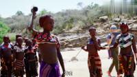 冒险雷探长:被称为非洲最美的哈莫尔女人,为何留下赤身被鞭打的传统?