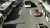 司机都遇到灵异事件,为何每个人都不敢走这条路?