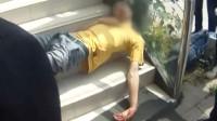 【重庆】民警救助醉酒男子 酒醒后直接送进看守所