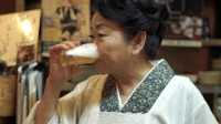 """日本70多岁""""女神""""是如何经营103年居酒屋的?"""