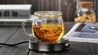 夏季饮花茶,茶具不要随便用。