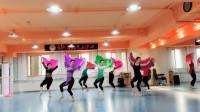 古典舞《细雨》,第23秒时注意右边绿扇子舞者的脚,你发现了吗