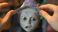 国外大神操作秀:手工制作一个稻草人,美妆打造成了艺术品!