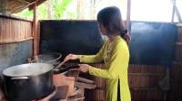 回家的女孩做了甜美可口的蛋糕,柬埔寨