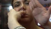 泰国最奇葩按摩手法打脸按摩,这巴掌打的隔着屏幕都感觉疼!