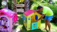 萌娃乐园:可爱小萝莉和爸爸一起搭建房屋,建造美丽的房子!