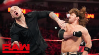 【RAW 04/22】AJ传奇飞肘力克独狼 他将在合约阶梯挑战赛斯罗林斯