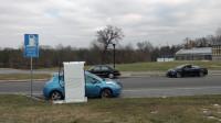 为什么新能源汽车卖不动了?买过的车主说出实情:不可能买第二辆