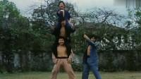 这俩人就是后来的霍元甲,陈真,梁小龙变化还挺大,飞踢是真帅