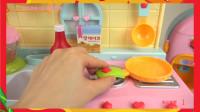 【宝宝玩具 玩偶 过家家】Fruit juice shake surprise eggs and Ki