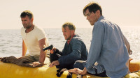 3人被困大海,因为饥饿捕杀了一只鱼充饥,却不想反而陷入绝境