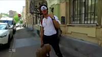 《旅途的花樣》超級尬天團莫斯科街頭走秀,氣場太強攝影師嚇到摔倒