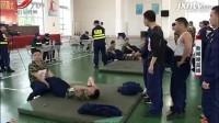 消防救援队伍大比武,消防员被六十斤重物爬楼