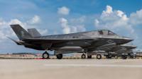 美国F-35战机隐藏的实力,可精确打击敌人地下指挥所!