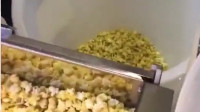 电影院的大桶爆米花,真实惠