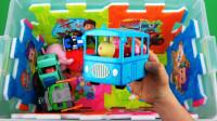 汪汪队的玩具箱里有你最喜欢的玩具呢?小猪佩奇变形警车珀利玩具故事