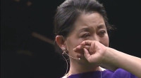 千万富豪苦寻初恋女友30年,她出场富豪跪地痛哭,倪萍也偷抹眼泪