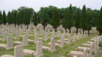 陕西一女子给父母买墓地合葬 不料荒诞的事情发生了
