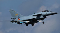 央视曝光中国战斗机空中遇险,飞行员紧急处置让国人点赞!