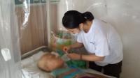 女孩放弃高考捐髓救母:高考可以重来 妈妈的生命只有一次