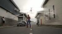 奇葩小伙特别崇拜蜘蛛侠,没想到最后果真成了英雄!