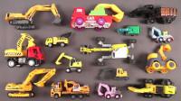 多款挖掘机玩具展示