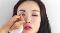 韩国女子长相清秀,化完妆后,很美很有气质