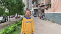父女出发去重庆,挑战无现金出门,结果刚到重庆就失败了!