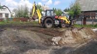 农村牛人改装的万能拖拉机,可当推土机、挖土机、平地机使用