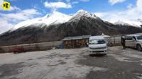 自驾游来到西藏然乌湖,驻车在绝美的营地,房车接通水电全免费!