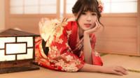 """日本人为什么有床不睡,非得要睡地板?日本美女揭秘其中""""玄机"""""""