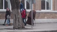 街头见到美女就打喷嚏!然后欣赏她们哆嗦的姿态