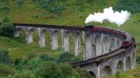 我国最严肃的桥梁,火车经过必须鸣笛30秒,真实原因令人感动!
