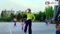 广场舞《好嗨哟》,歌曲劲爆舞蹈动感,姑娘跳得好嗨哟