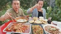 老哥吃美食,自己做的川味菜又麻又辣,味道不错。