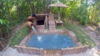 燥热的夏天,东南亚老哥跑野外造泳池,真是绝了
