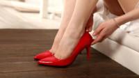 你穿高跟鞋磨脚吗?女生有这3类脚型,就该选择这样穿才会很好看!