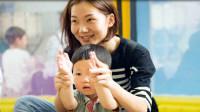 父母的3种日常行为,正在把孩子悄悄变笨,家长快悄悄改正