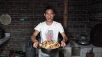 小莫搞野美食记,几百块甲鱼这样炖,五个人吃满满一大锅,太爽了