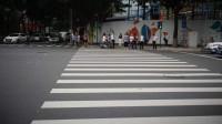 广州奔驰女司机连撞13人,主动刹车为何不灵?
