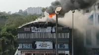 印度一培训中心火灾19名学生遇难 多名学生从楼顶跳落自救