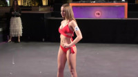 世界小姐大赛模特泳装秀,这样走秀可以加几分?