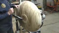 一块磨盘大的木头,木工师傅把它加工成盘子,这一次能装多少?