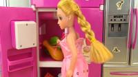 亮亮玩具芭比娃娃厨房微波炉和汉堡玩具试玩,婴幼儿宝宝玩具过家家游戏视频F432