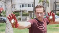 两个小伙分别拥有钢铁侠手套和蜘蛛侠能力,因一次小摩擦打了起来