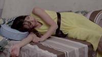 3分钟看完国产伦理片《欲望出租屋》女子出轨抛弃丈夫,很快就被情人抛弃