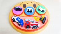 认识颜色和警车环保车挖掘机等小汽车玩具
