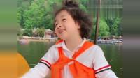 李欣蕊萌娃用英语对话,这样的东北式口语没谁了,下一幕笑的我肚子疼