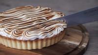 柠檬奶油馅饼制作简单易上手,4步就能制作完成,味道超甜